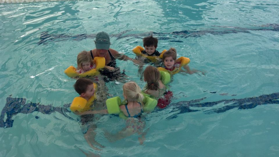 group swim lesson