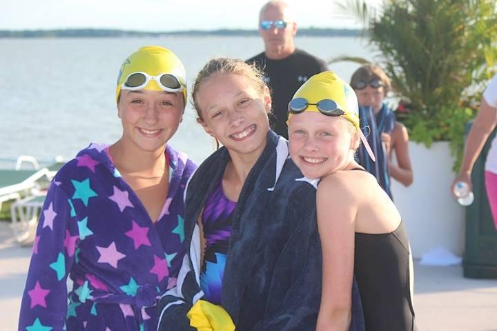 girls at swim meet
